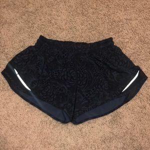 Lululemon hottie hot shorts